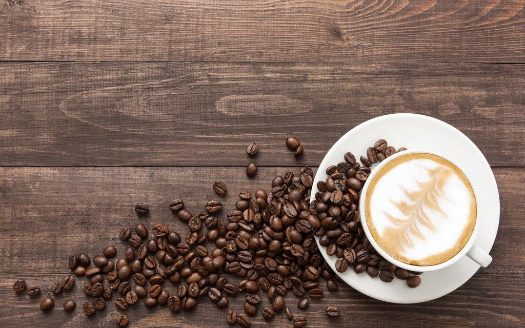 القهوة الساخنة اللذيذة