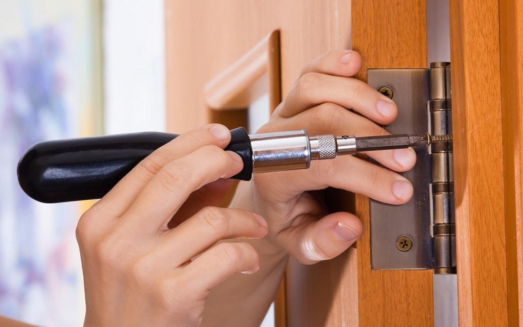 صيانة الأبواب
